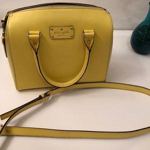 BARELY used Kate Spade shoulder/ handbag!